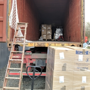 Loading pallets onto the container